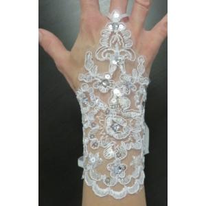 Hófehér menyasszonyi csipke kesztyű (1 pár)