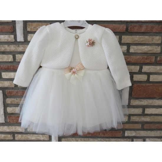 Törtfehér kislány ruha boleróval, barack kitűzővel (74)