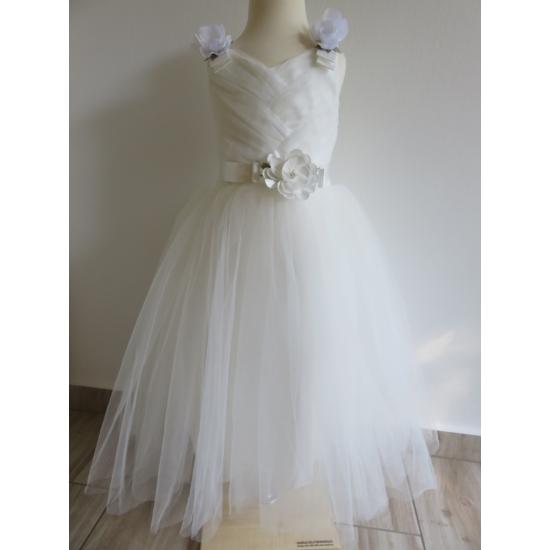 Gyönyörű törtfehér kislány keresztelő/elsőáldozó ruha