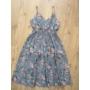 Kép 3/6 - Pántos, virágmintás női pamut ruha - szürkéskék (one size)