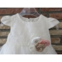 Kép 2/4 - Fehér kislány keresztelő ruha virágdísszel (62)