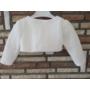 Kép 6/6 - Törtfehér kislány ruha boleróval, barack kitűzővel (80)