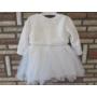 Kép 2/6 - Törtfehér kislány ruha boleróval, bézs-barna dísszel (74)