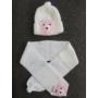 Kép 3/3 - Baba, kislány kötött sapka-sál szett - macis, fehér-rózsaszín (68/74)