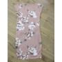 Kép 4/4 - Elegáns, virágmintás pasztell mályva kismama ruha (XL)